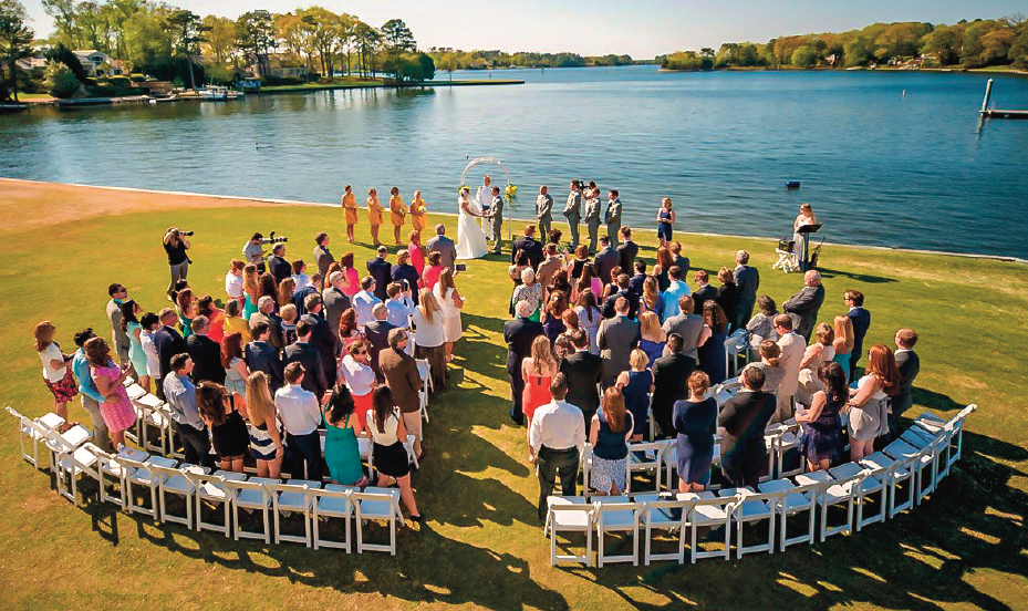 Drone Wedding Photography.Wedding Photography Takes To The Skies With Drones